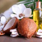 Кокосовое масло: 7 способов использования в уходе за собой